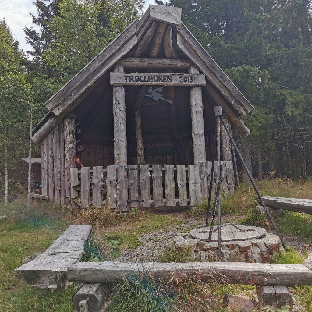 Trøllhuken i Trøllkjerka